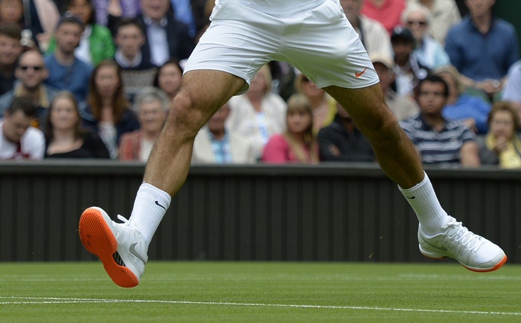 wimbledon-bans-roger-federers-new-shoes-3