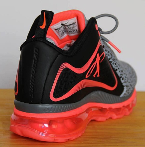 Air Griffey Max 360 Safari – First Look