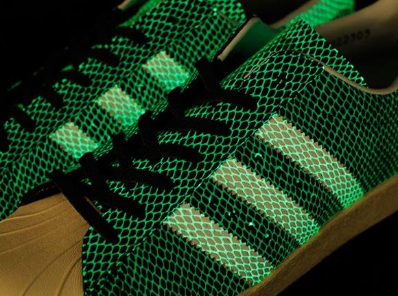 67a49c645 cheap Atmos x Adidas Originals Superstar 80s GIDS New Release - the ...