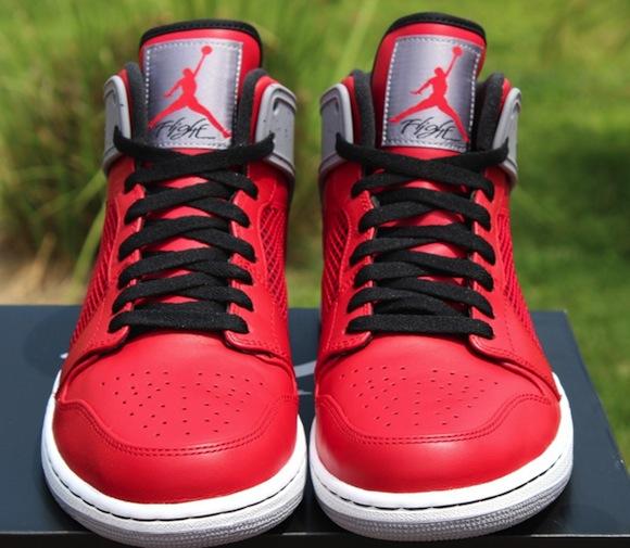 Nike Air Jordan 1 Retro 89 Fire Red New Release