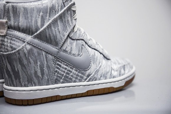Nike Dunk High WMNS Satin New Release
