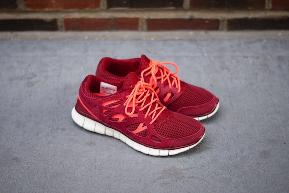 Nike Free Run 2 Team Red Now Available