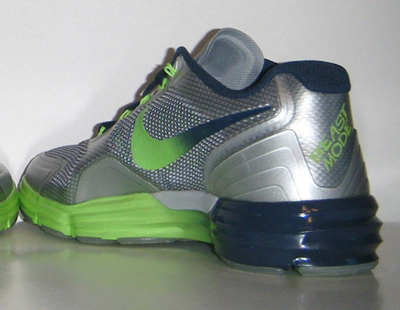 Nike Lunar TR1 Beast Mode Marshawn Lynch PE