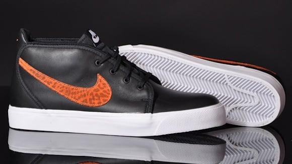 Nike Toki Premium FB Safari New Release