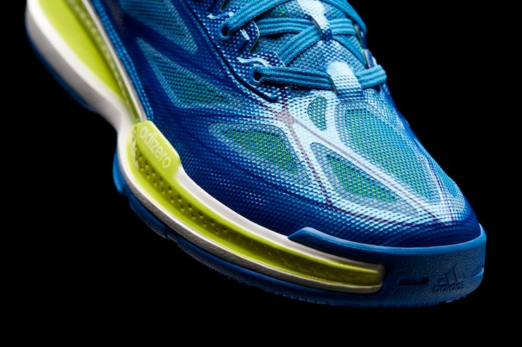 adidas-basketball-unveils-new-adidas-adizero-crazy-light-3-4