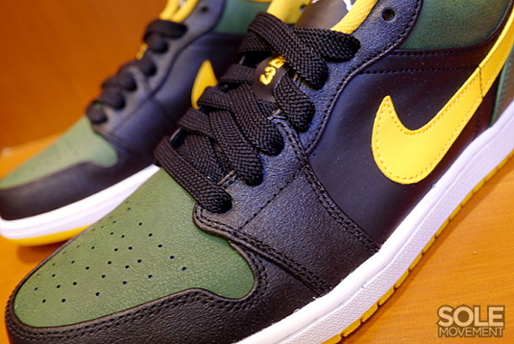 Air Jordan 1 Retro Low Sonics First Look