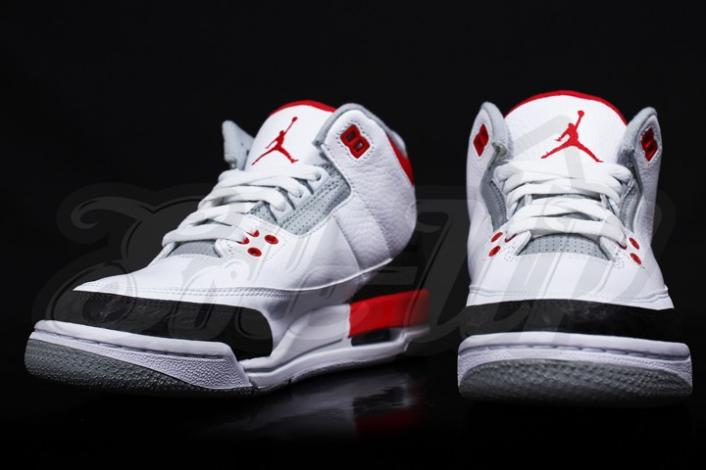 air-jordan-iii-3-gs-fire-red-first-look-3