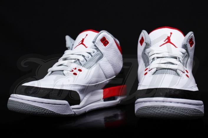 air-jordan-iii-3-gs-fire-red-first-look-3