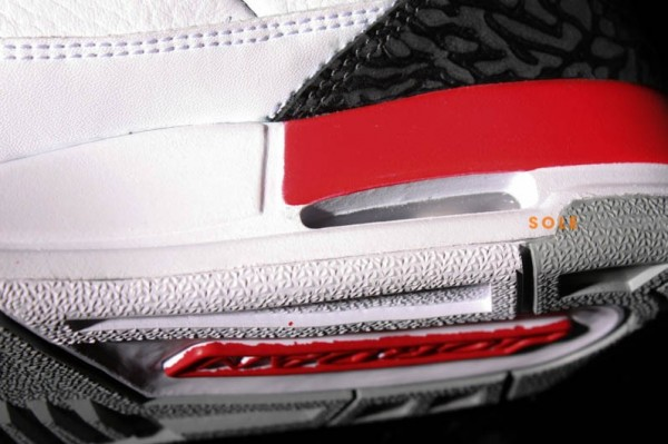 air-jordan-iii-3-gs-fire-red-new-images-1