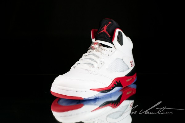 air-jordan-v-5-fire-red-new-images-3