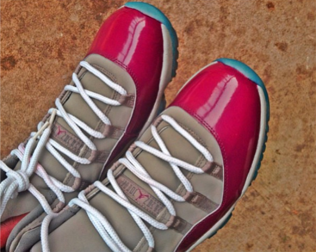 air-jordan-xi-11-phillies-custom-3