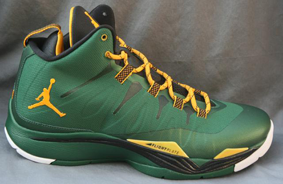 jordan-superfly-2-green-orange-3