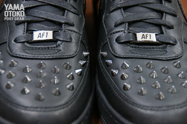 nike-air-force-1-downtown-hi-spike-black-release-date-info-1