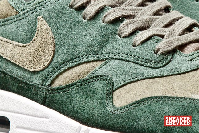 nike-air-max-1-green-suede-1