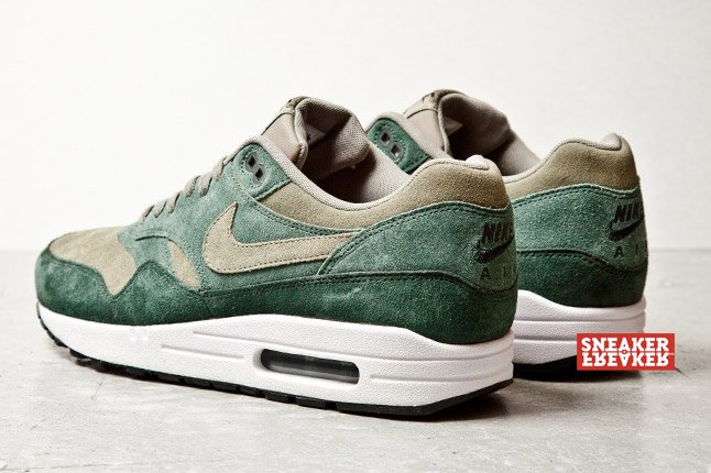 nike-air-max-1-green-suede-4