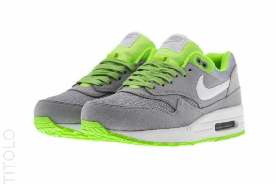 nike-air-max-1-premium-hypervenom-wolf-grey-white-flash-lime-3