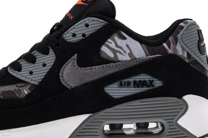 nike-air-max-90-gs-black-metallic-dark-grey-total-orange-classic-grey-2
