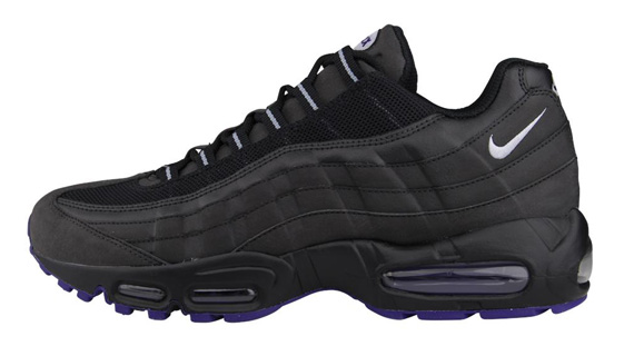nike-air-max-95-black-court-purple-wolf-grey-1