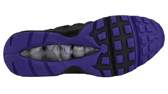 nike-air-max-95-black-court-purple-wolf-grey-4