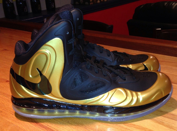 nike-air-max-hyperposite-gold-black-rajon-rondo-pe-new-images-2