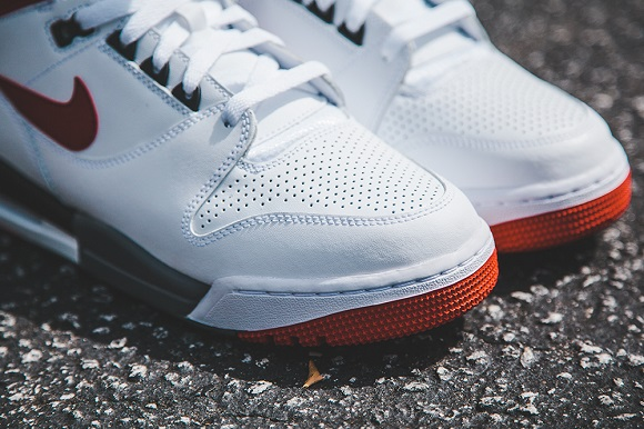 Nike Air Revolution Retro