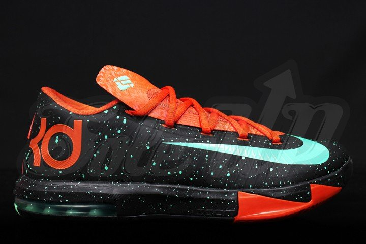 nike-kd-vi-6-glow-dark-new-images-1