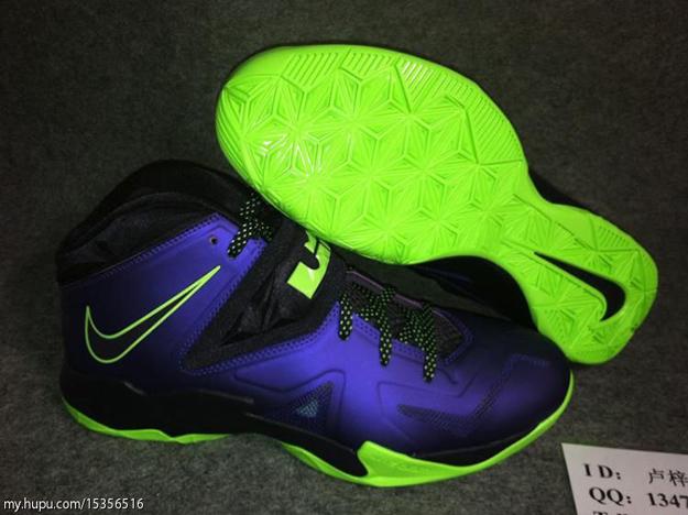 nike-lebron-zoom-soldier-vii-7-court-purple-blueprint-flash-lime-5