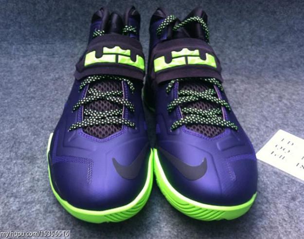 nike-lebron-zoom-soldier-vii-7-court-purple-blueprint-flash-lime-6