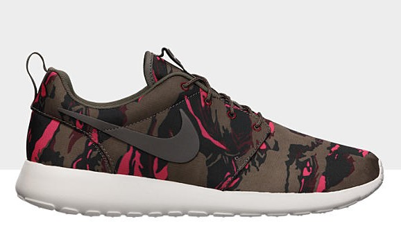 nike-roshe-run-gpx-petra-brown-tiger-camo-available-at-nikestore