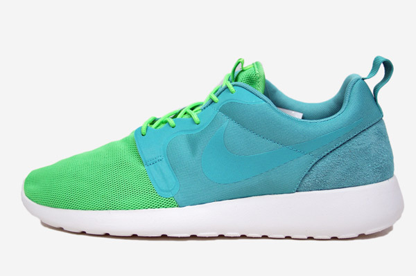 nike-roshe-run-hyperfuse-qs-pack-1