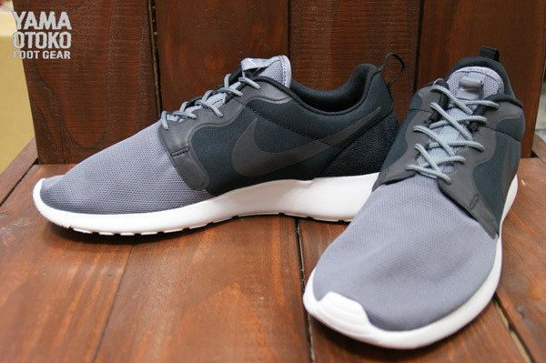nike-roshe-run-hyperfuse-qs-pack-new-images-12