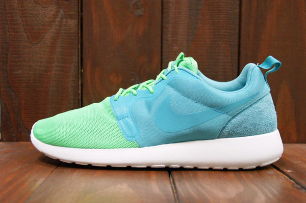 nike-roshe-run-hyperfuse-qs-pack-new-images-13