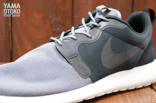 nike-roshe-run-hyperfuse-qs-pack-new-images-7
