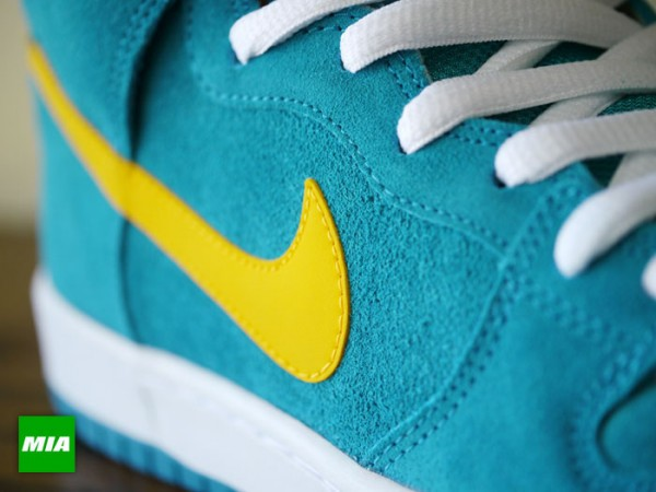nike-sb-dunk-high-pro-tropical-teal-university-gold-1