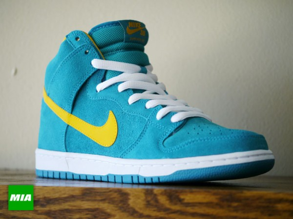 nike-sb-dunk-high-pro-tropical-teal-university-gold-3