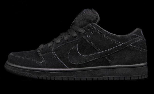nike-sb-dunk-low-pro-black-restock-coming-soon-1