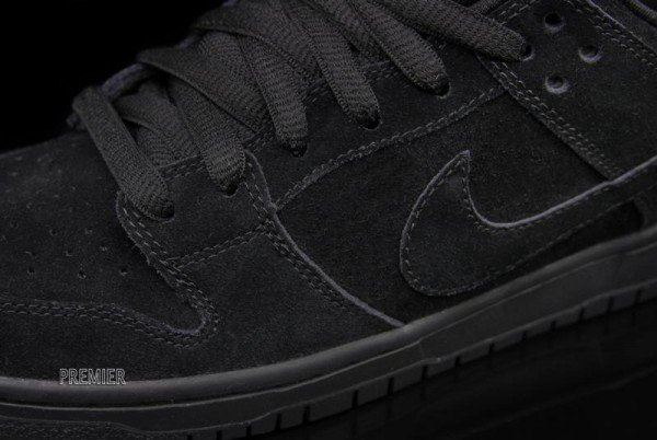 nike-sb-dunk-low-pro-black-restock-coming-soon-4