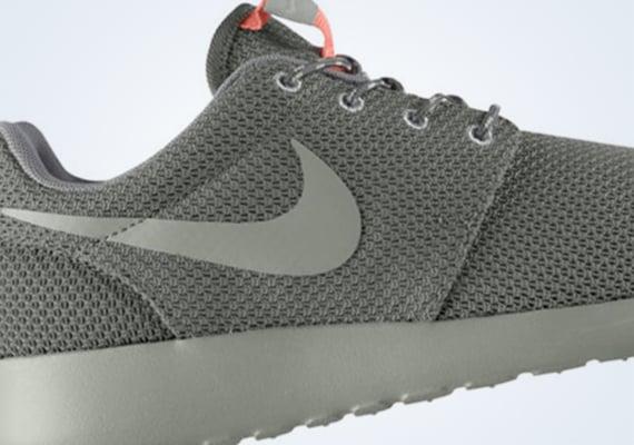 Nike WMNS Roshe Run Mercury Grey  Mortar Mine Grey Atomic Pink