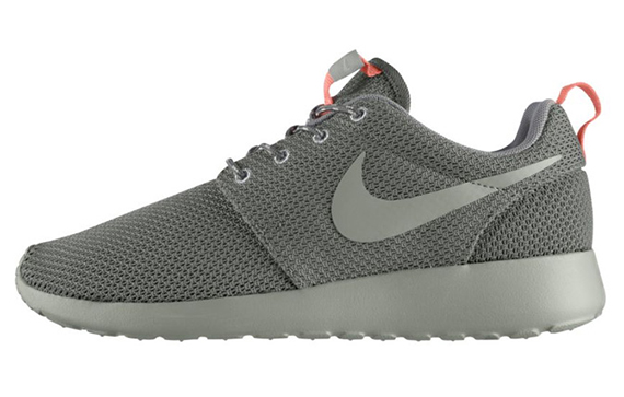 Nike WMNS Roshe Run Mercury Grey  Mortar Mine Grey Atomic Pink