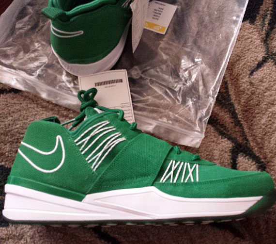 Nike Zoom Revis Green White Sample