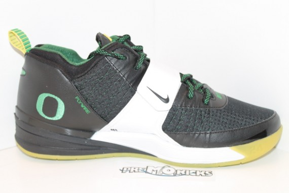 Nike Zoom Revis Oregon Ducks PE Set on eBay