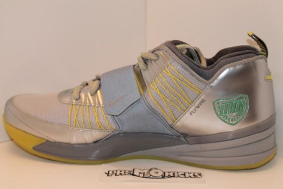 "Nike Zoom Revis ""Oregon Ducks"" PE Set on eBay  e9cd05fc5e"