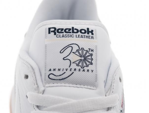 reebok-classic-leather-white-navy-gum-2