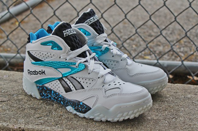 reebok-scrimmage-white-metallic-blue-black-1