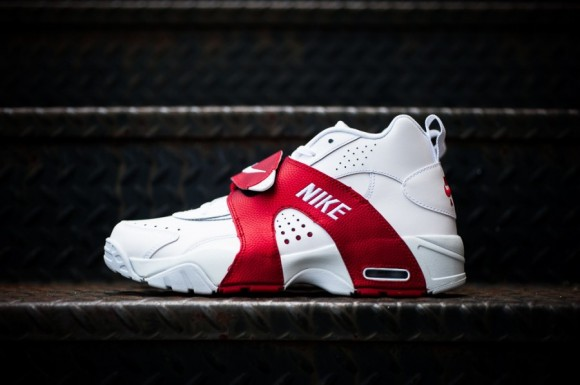 83bfc5f1fbd8 Release Reminder  Nike Air Veer  White White-University Red ...