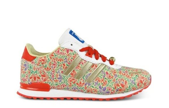 Disney Adidas ZX700 Belle New Release