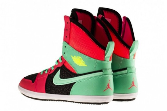 Nike Air Jordan 1 High Atomic Red Green Glow Now Available