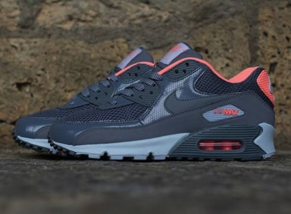 Nike Air Max 90 WMNS Armory Slate Now Available