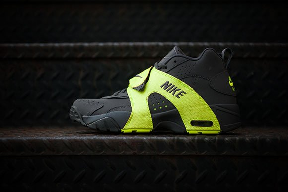 Nike Air Veer Volt Grey