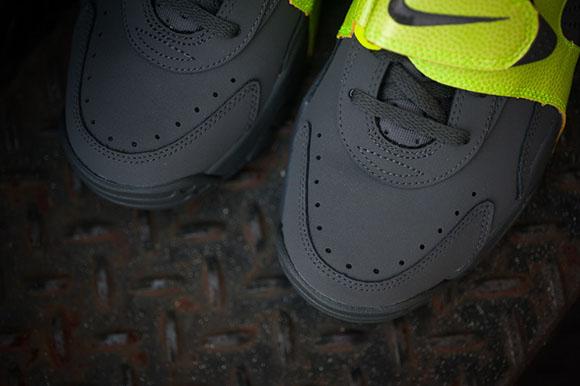 Nike Air Veer Volt Grey